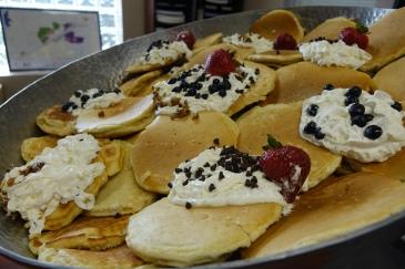 big-bowl-pancakes
