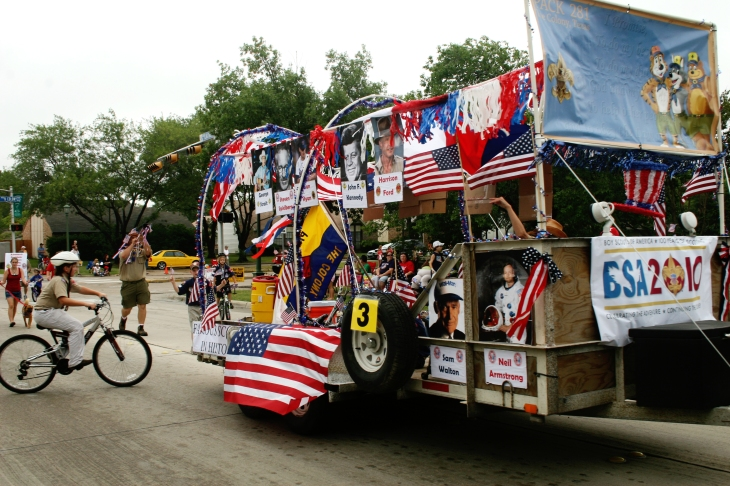 Boy Scouts Liberty By The Lake Parade Entry